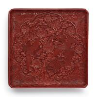 3403. 明宣德 剔紅穿花雙鳳紋倭角方盤 《大明宣德年製》款 |