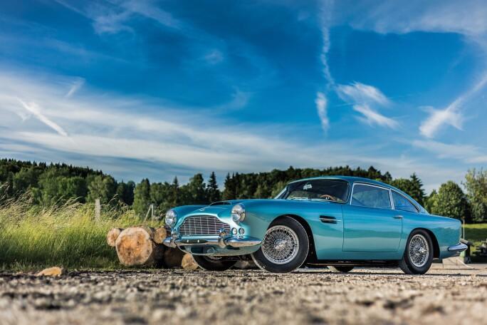 1962-Aston-Martin-DB4--SS-Engine--Series-IV-_0.jpg
